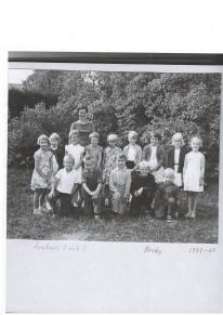 Årskurs 1 och 2 i Broby skola 1959-60.